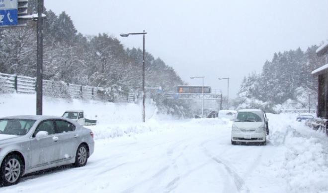 愛媛県内で大雪の恐れも。年末年始は大雪による通行止めに注意