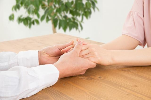 愛媛の介護転職サイトおすすめ!高収入で自分に合った求人を見つける