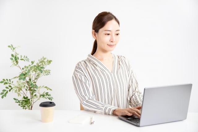 愛媛県の転職で人気のある正社員の業種:デスクワーク